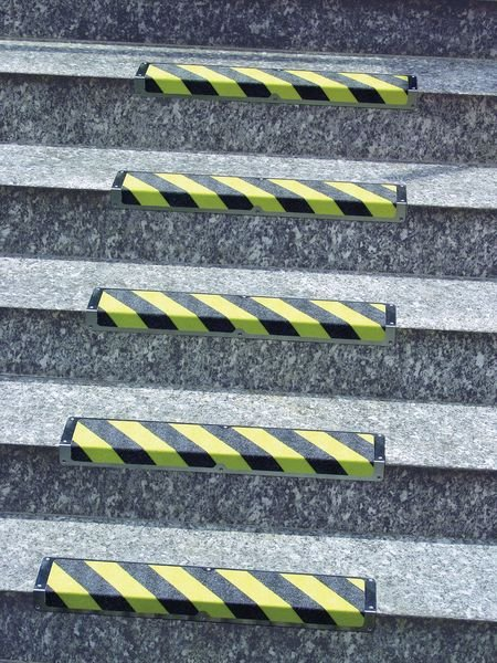 High Visibility Aluminium Anti-Slip Stair Nosings