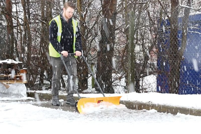 One-Man Snow Plough - Seton