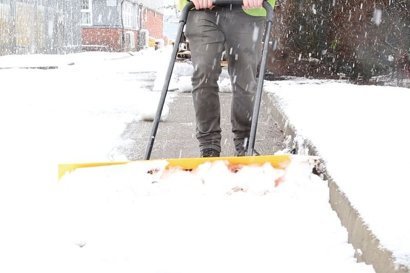 One-Man Snow Plough - Fire Action Signs