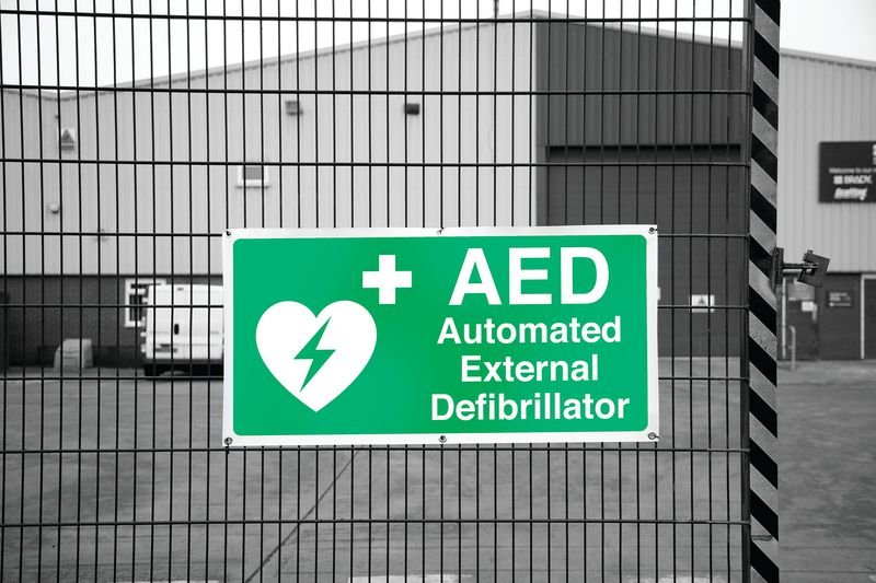 Banner Signs - AED Automated External Defibrillator - Defibrillator Signs