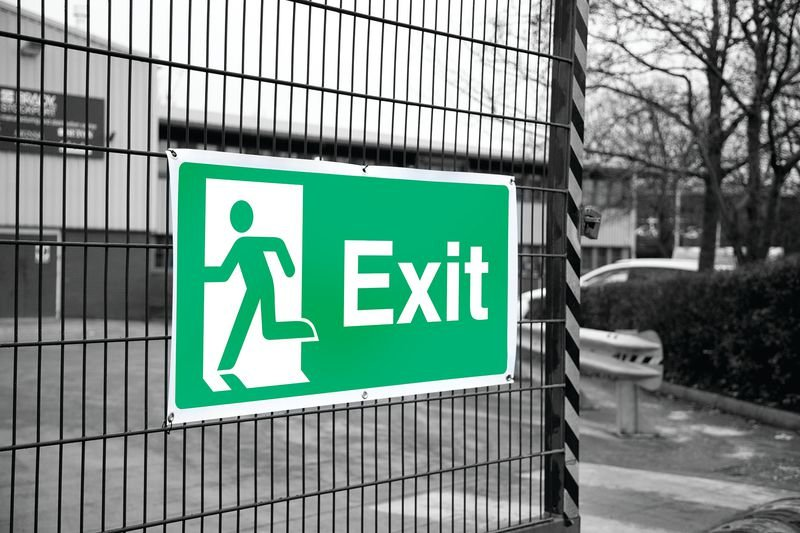 Banner Signs - Exit Running Man Left - Fire Exit Signs