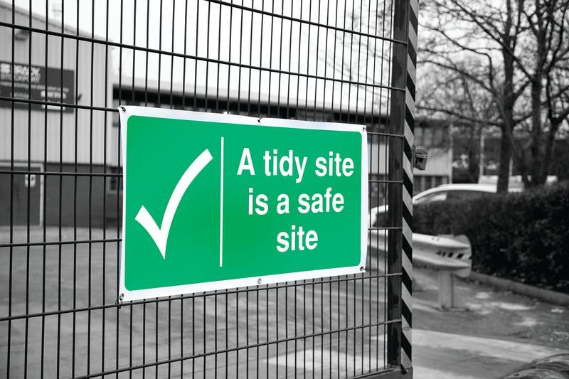 Banner Signs - A Tidy Site Is A Safe Site - Construction Site Waste Signs