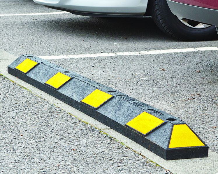 Recycled Rubber Parking Kerbs with Concrete Fixings