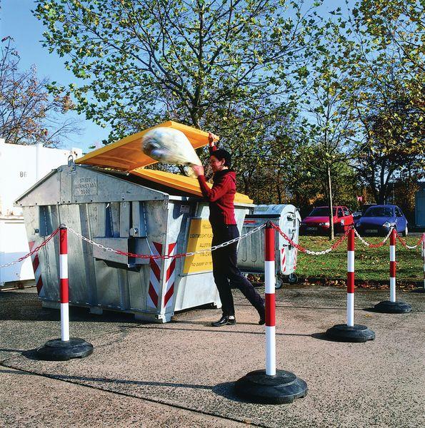 Heavy-Duty Chain Stand & Plastic Base