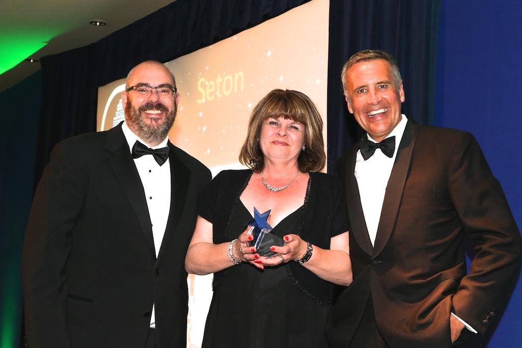 Ecmod-Seton-Customer-Service-Award