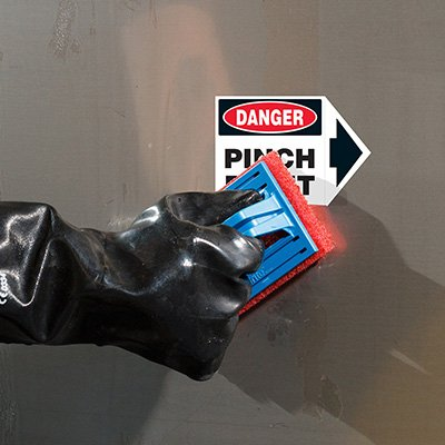 ToughWash® Labels - Danger Pinch Point (With Arrow)