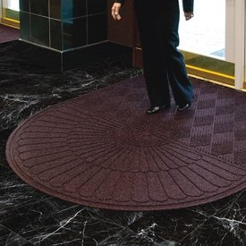 Waterhog® Grand Premier Oval Top Entrance Mats
