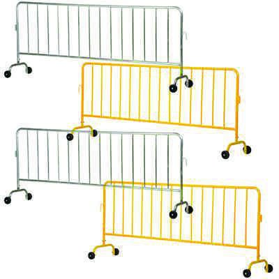 Interlocking Crowd Control Barriers With 2 Wheels